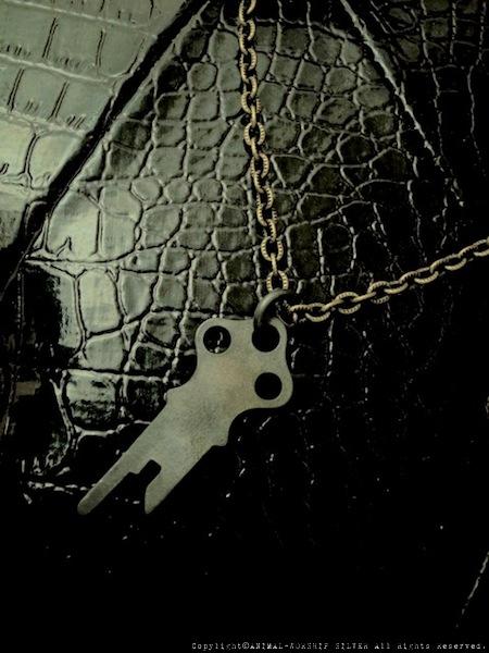 キー1本はネックレスにしても可愛いですね。