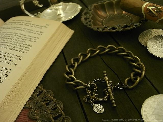 Rococo Mantel Brass Chain Bracelet B